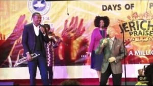 Video: Nathaniel Bassey – Imela Okaka Onyekeruwa (Live Performance)